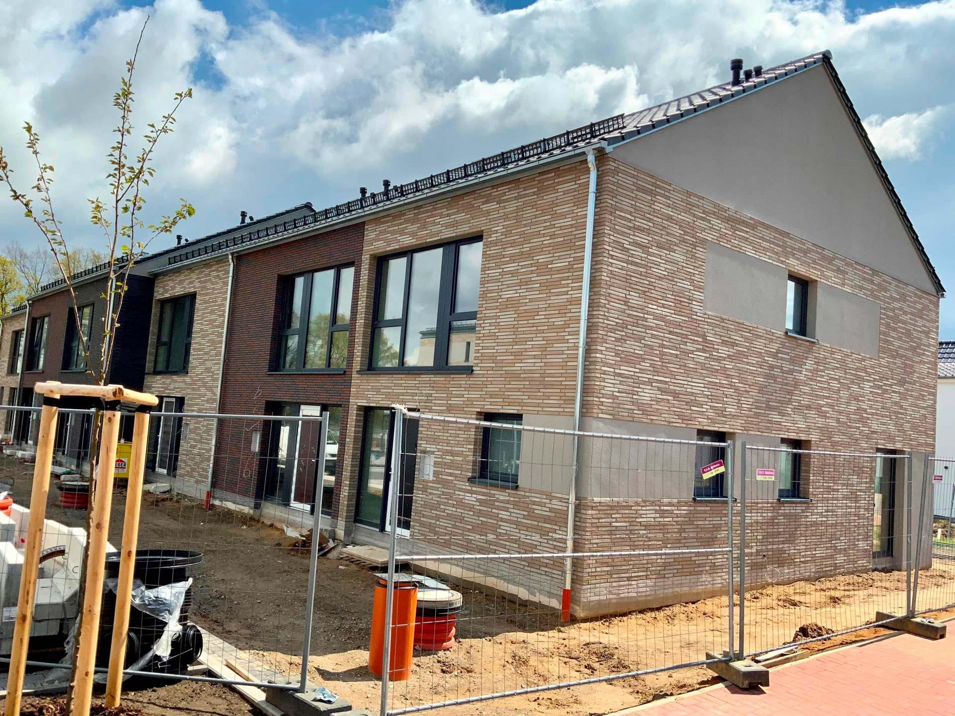 Neubau Reihenhäuser Burgdorf